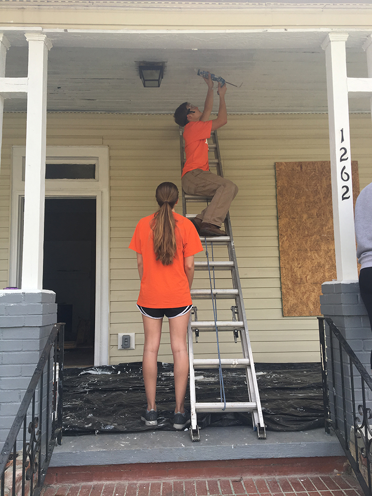 "<b>Mercer University:</b> <br><br>  <div style='font-size:13px;'>""At Mercer, commUNITY means reaching out through research and service for the betterment of both our local and global society."" <br><br>  Mercer Stamps Scholars partnered with the Fuller Center for Housing to address urban blight. The Fuller Center, a non-profit organization founded by the same family who founded Habitat for Humanity, works in Macon to repair, rehabilitate, and resell dilapidated homes to create safe, stable, and equitable communities.</div>"