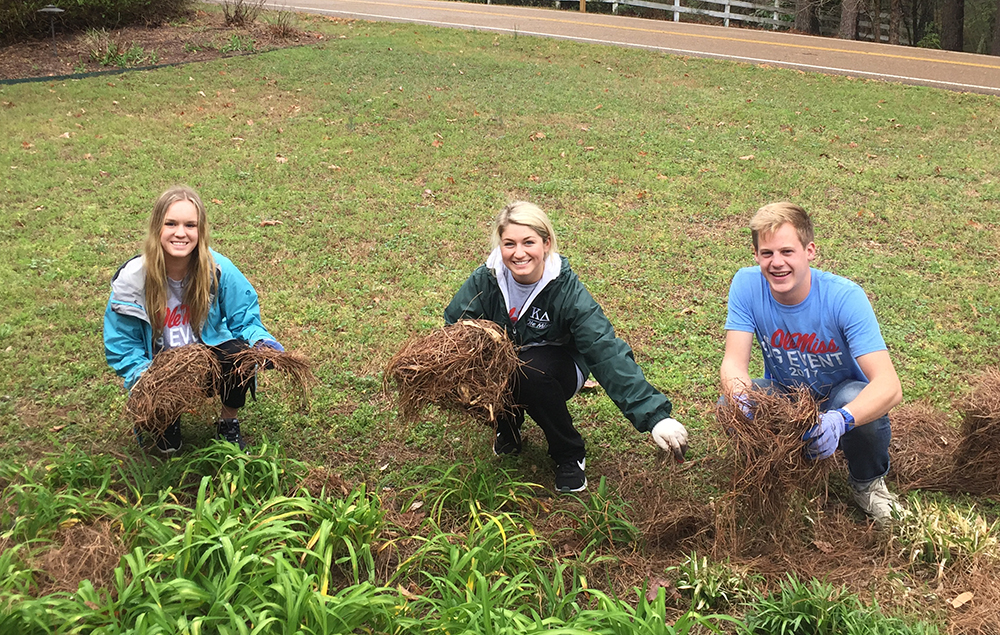 "<b>Ole Miss:</b><br><br>   <div style='font-size:18px;'>For their day of service, Ole Miss Stamps Scholars participated in ""The Big Event,"" serving their neighbors in the Oxford/Lafayette Community. Scholars cleaned yards, raked leaves, and assisted the elderly as an opportunity to give a big thanks to Oxford and Lafayette County. Ole Miss Stamps Scholars served as team leaders, each assigned to coordinate and lead a different project among the day's acts of service to the community. Kathryn James served as the co-director of the Project Planning and Placement committee.  <br><br>"